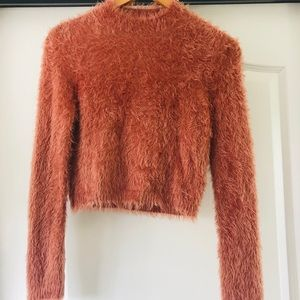 Active USA fuzzy cropped sweater